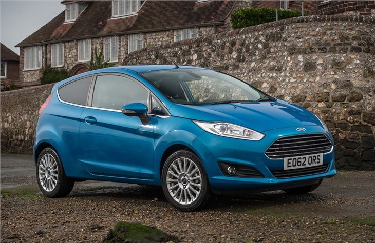 Ford Fiesta parked outside after having its windscreen replacement done.