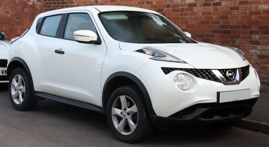 White Nissan Juke after a fresh windscreen replacement