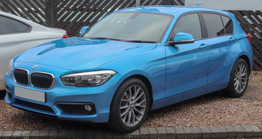 Blue BMW 1 Series with a brand new windscreen replacement